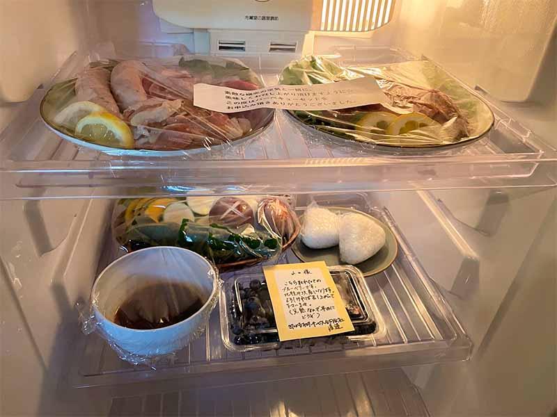 北軽井沢 貸別荘 ペンチュグループの手軽にBBQ食材デリバリーサービス、地元の美味しい肉。お野菜などをカットしてお届け。冷蔵庫の中